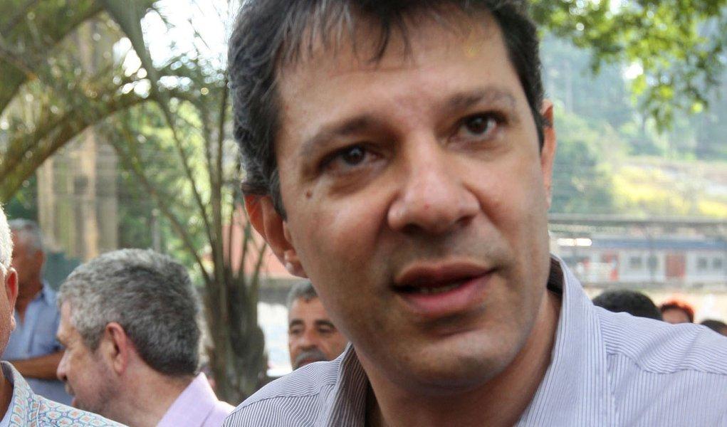 """Haddad chama Serra de """"o mais cruel ministro do Planejamento"""""""