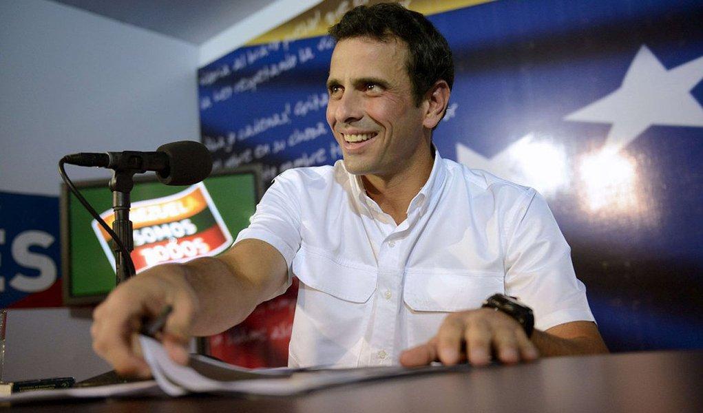Capriles diz ter provas que justificam impugnação