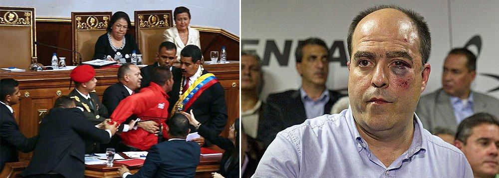 Confronto no Parlamento da Venezuela deixa sete feridos