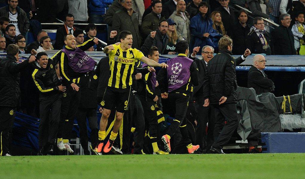 Borussia perde, mas vai à final da Champions