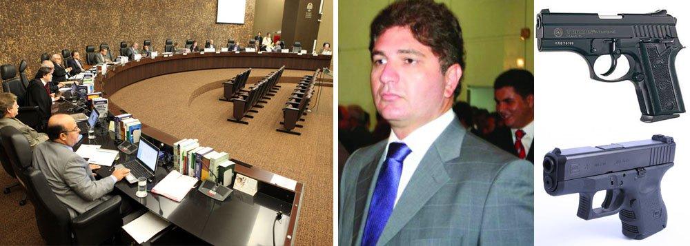 TJ suspende processo contra deputado do PSDB por posse ilegal de armas