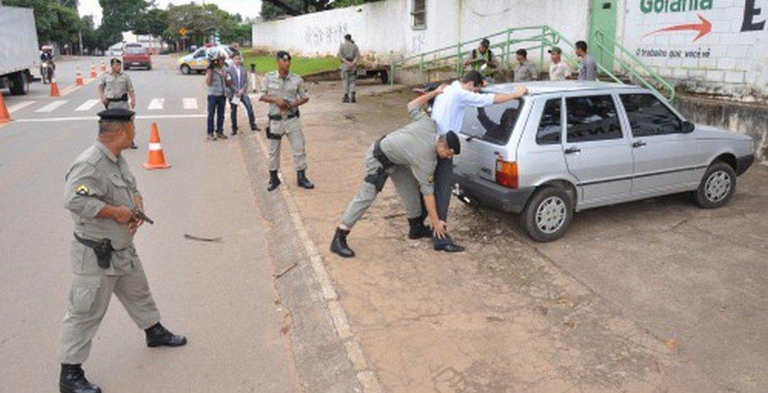 PM aumenta efetivo nas ruas e registra redução de crimes