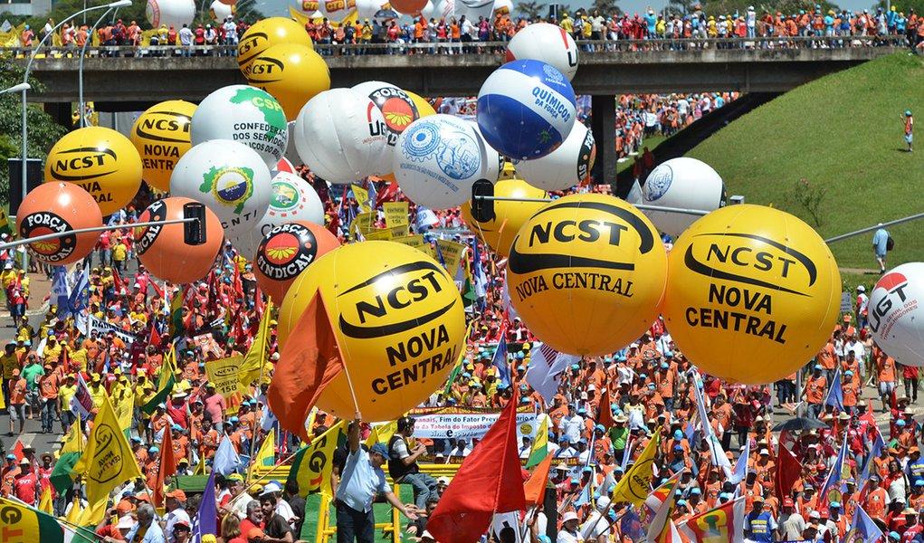 Sindicalistas irão hostilizar Dilma no 1º de Maio