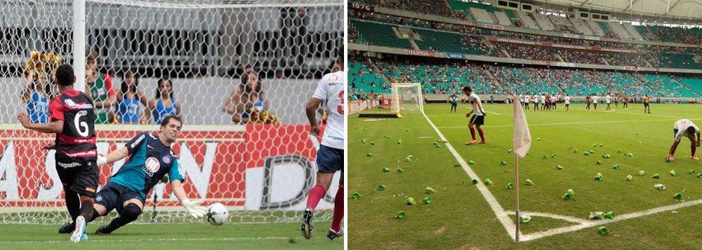 Vitória dá 2 a 1 no Bahia na estreia da caxirola