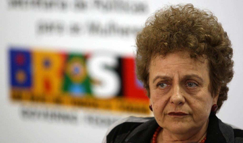 Ministra defende reforma política com igualdade de gênero