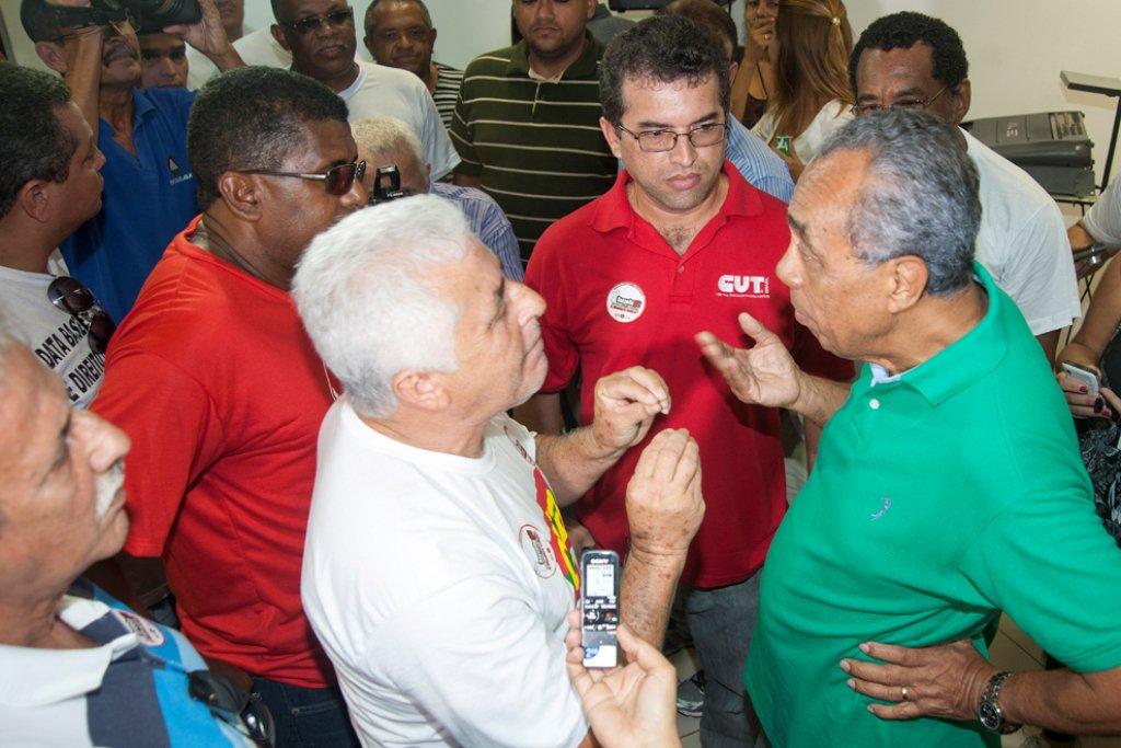 Em editorial, JC duvida que João receberá sindicatos na próxima semana