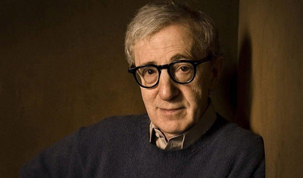 Woody Allen será gigolô em comédia com Sharon Stone