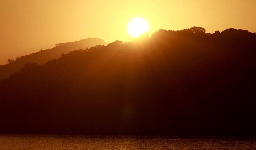 Semana começa com sol em grande parte do país