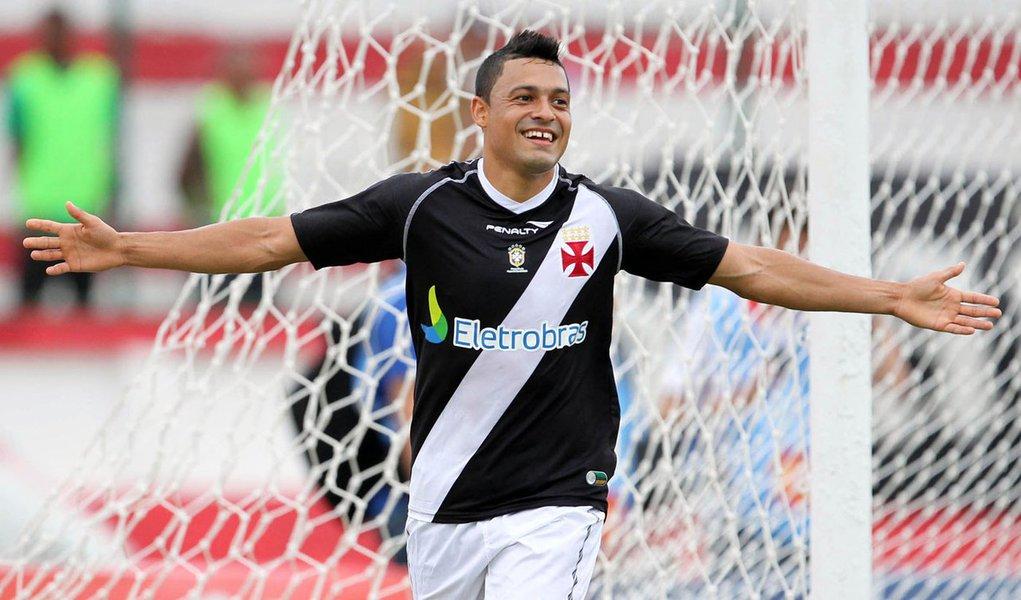 Vasco bate Olaria e se reabilita no Campeonato Carioca