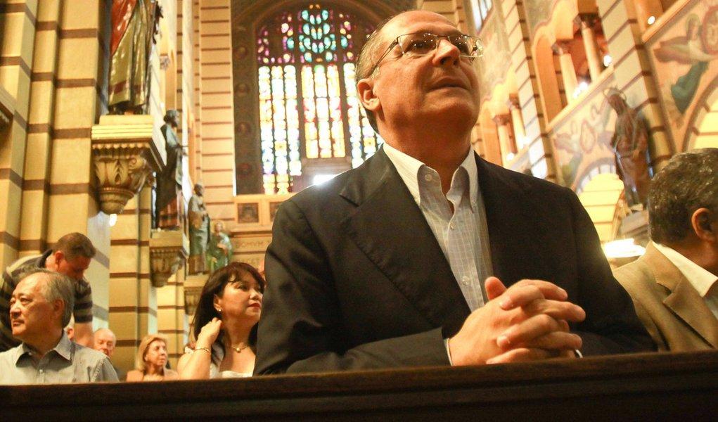 Alckmin cobra rapidez no pagamento de precatórios
