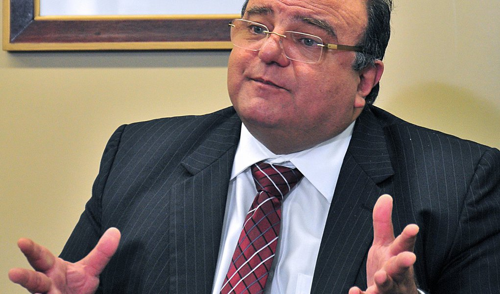Vaccarezza: secretário da Fifa é 'persona non grata'