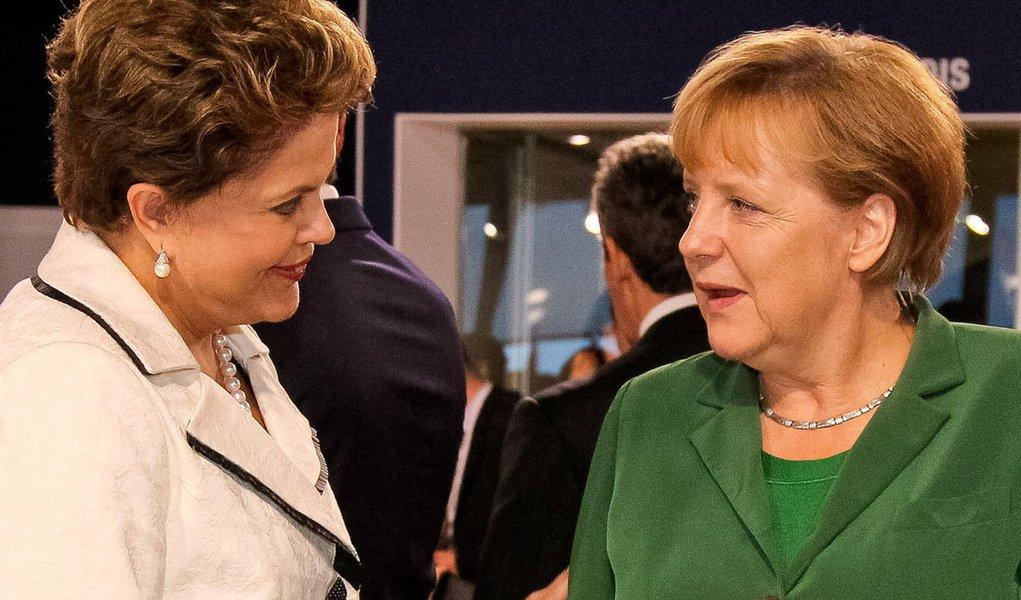 Dilma conversa hoje com Angela Merkel sobre crise econômica