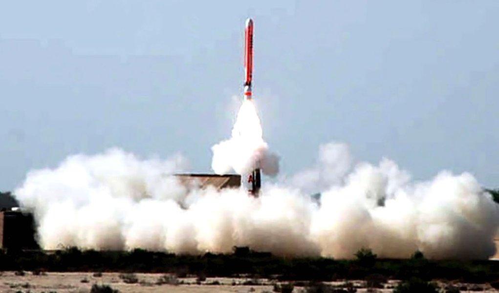 Paquistão testa míssil nuclear de curto alcance