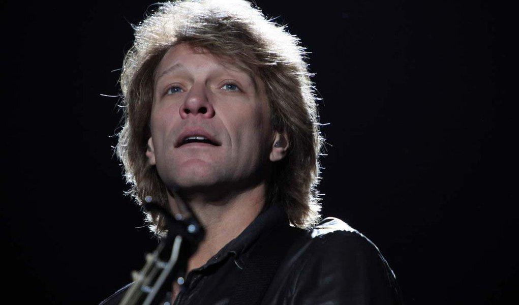 Bon Jovi vira cinquentão