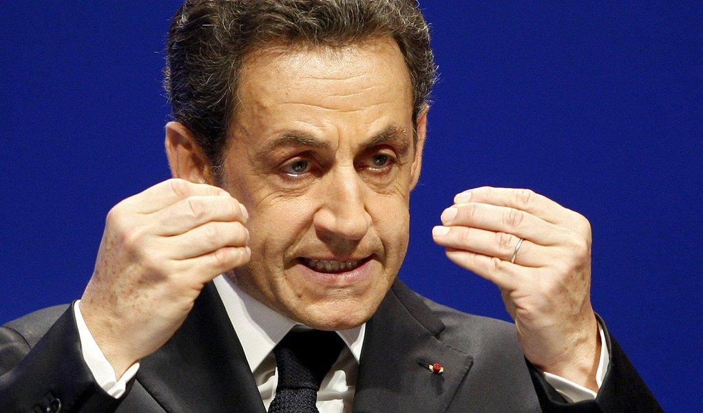 Depois da Grã-Bretanha, França fecha embaixada na Síria