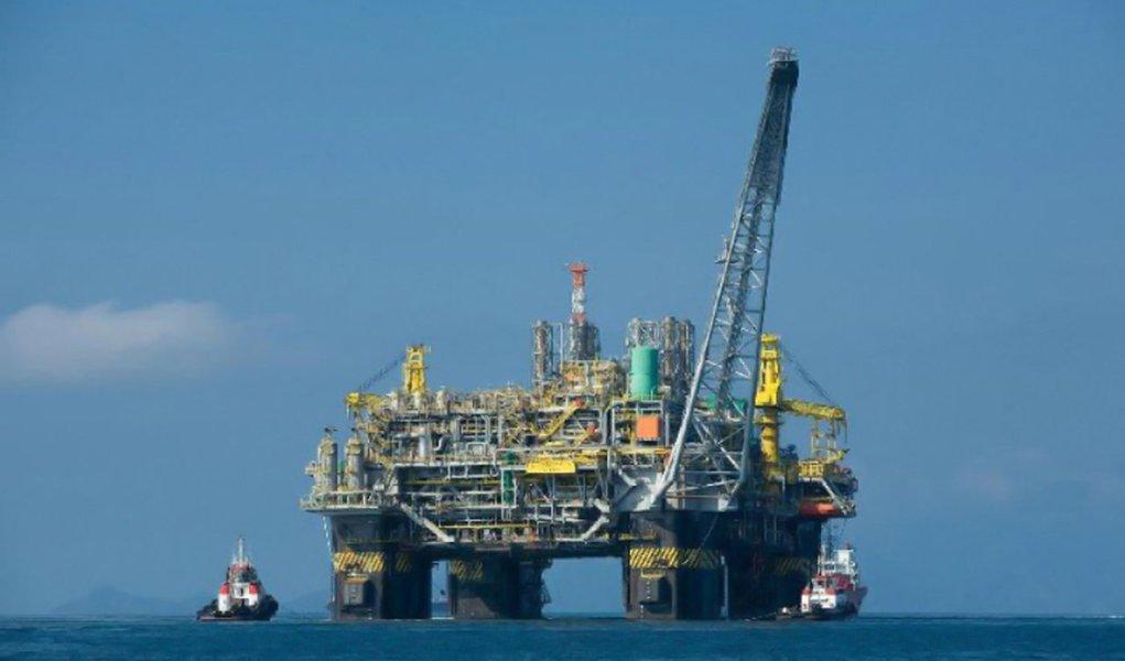 Petrobras registra vazamento de gás na Bacia de Campos