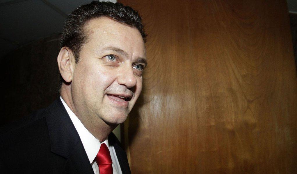 Kassab tentou convencer o PT de que Serra era a melhor opção de Dilma