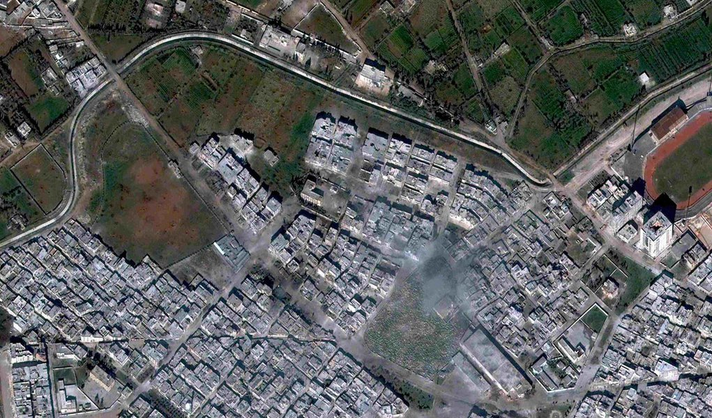 Cruz Vermelha deve entrar hoje em Homs, reduto dos rebeldes