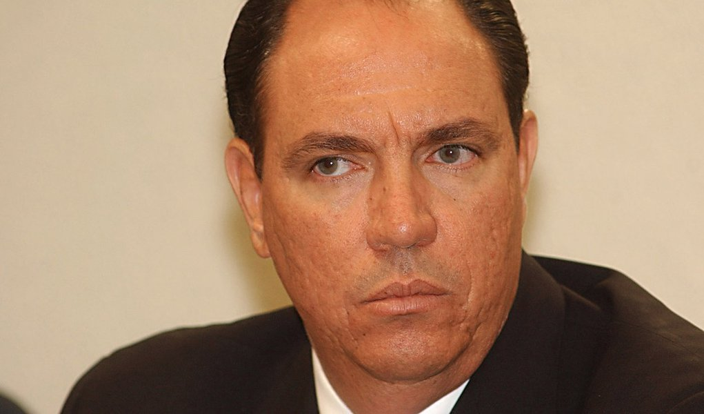 Waldomiro Diniz pega 12 anos por corrupção