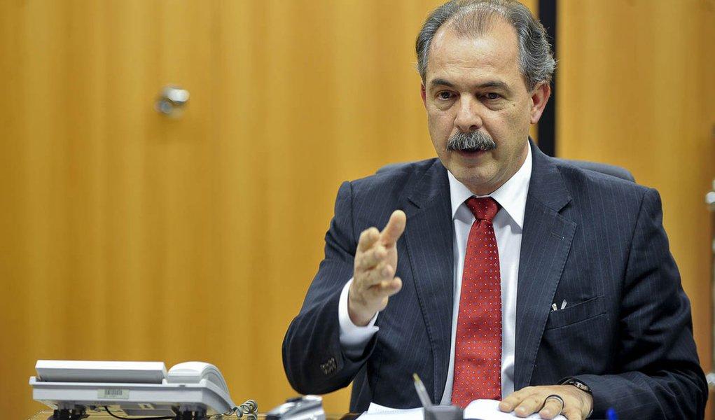 Governo mudará critério na correção de redações do ENEM