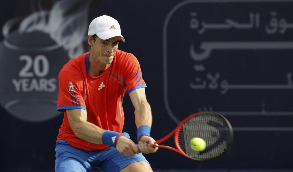 Murray encerra jejum contra Berdych e avança em Dubai