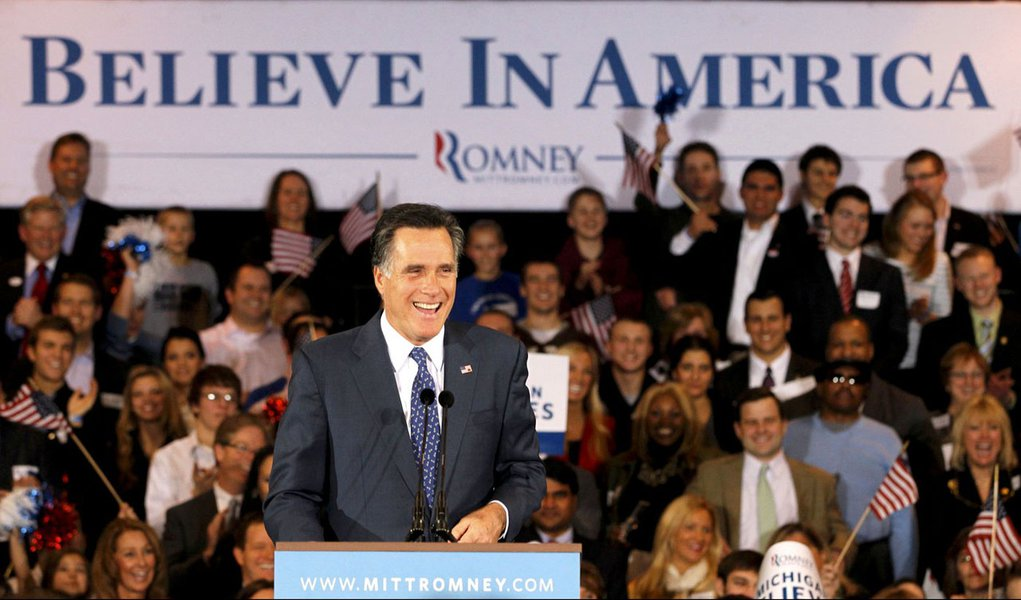 Romney vence as primárias no Arizona e em Michigan