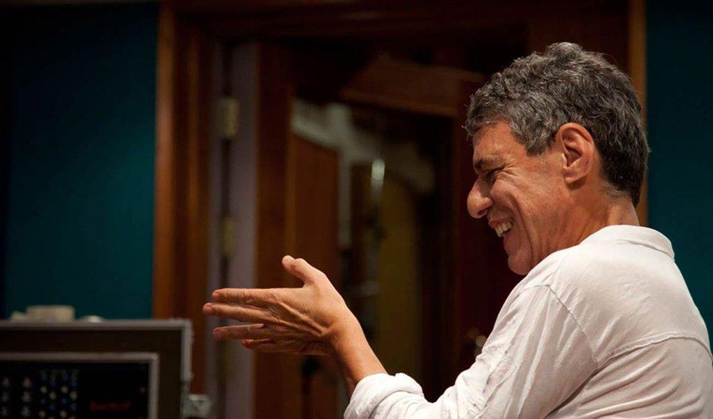 Chico Buarque fará mais seis shows em São Paulo