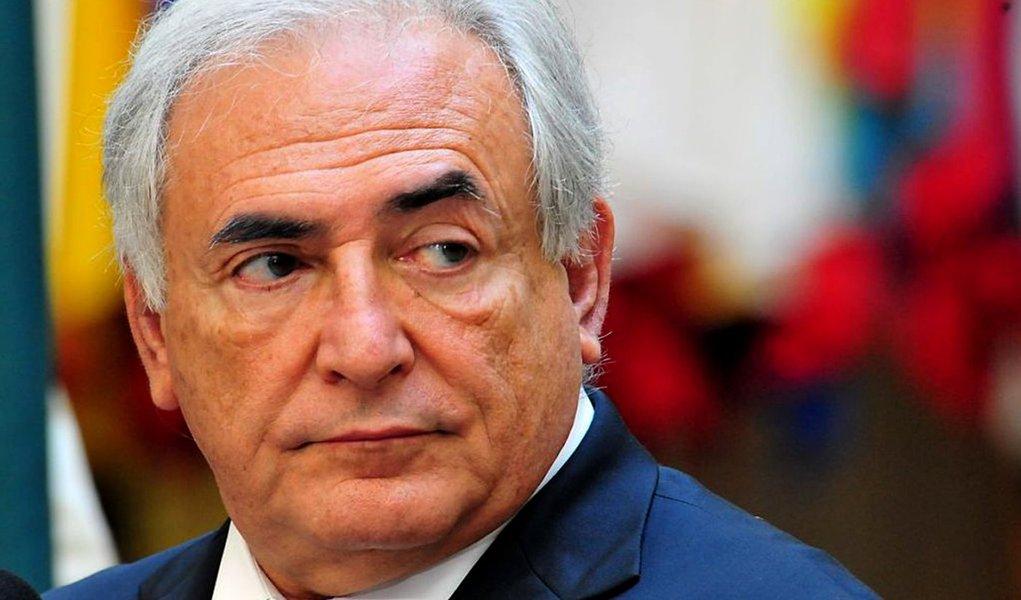 Prostituta revela onze orgias com Strauss-Kahn