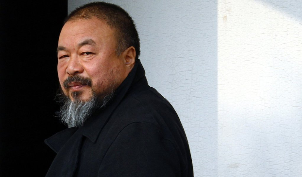 Ai Weiwei agora é investigado por pornografia na China