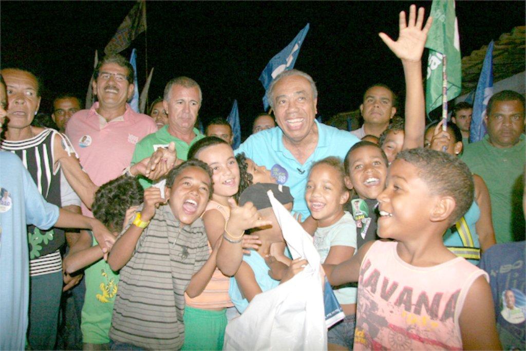 Retorno triunfal de João Alves ao cenário político matou os Amorim