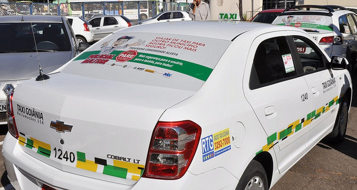 MP recomenda novo edital de concessão para taxistas