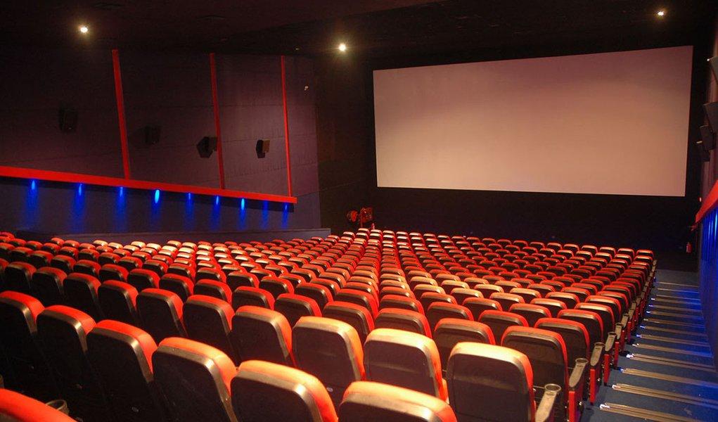 Fiscalização interdita cinemas de Shopping em Maceió