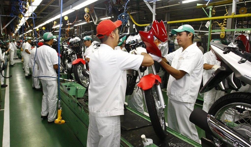 Em março, Brasil abriu 112.450 empregos formais