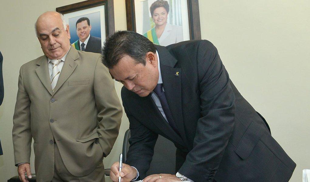 Marcos Martins assume mandato na Assembleia