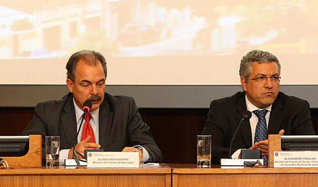 Mercadante e Padilha se opõem por royalties