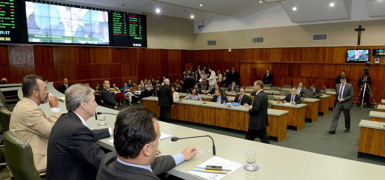 Em Goiás, a farra das verbas indenizatórias