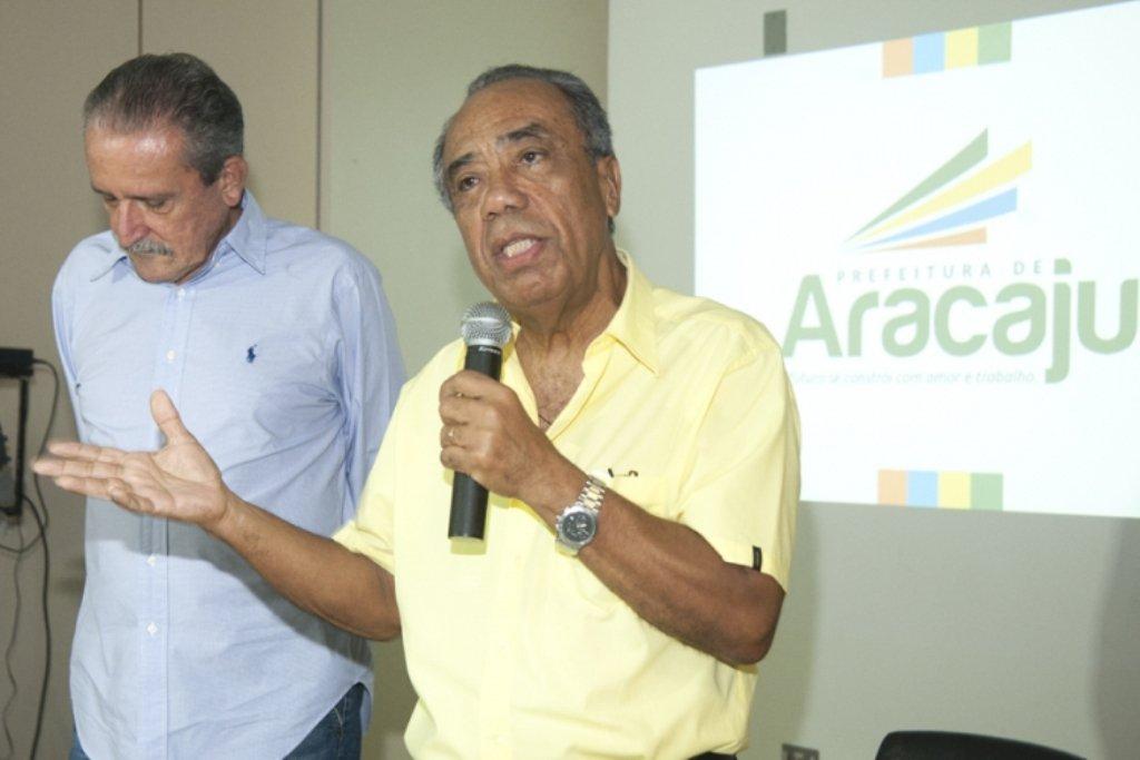 """""""Não encontrei solução para a saúde de Aracaju"""", diz João"""