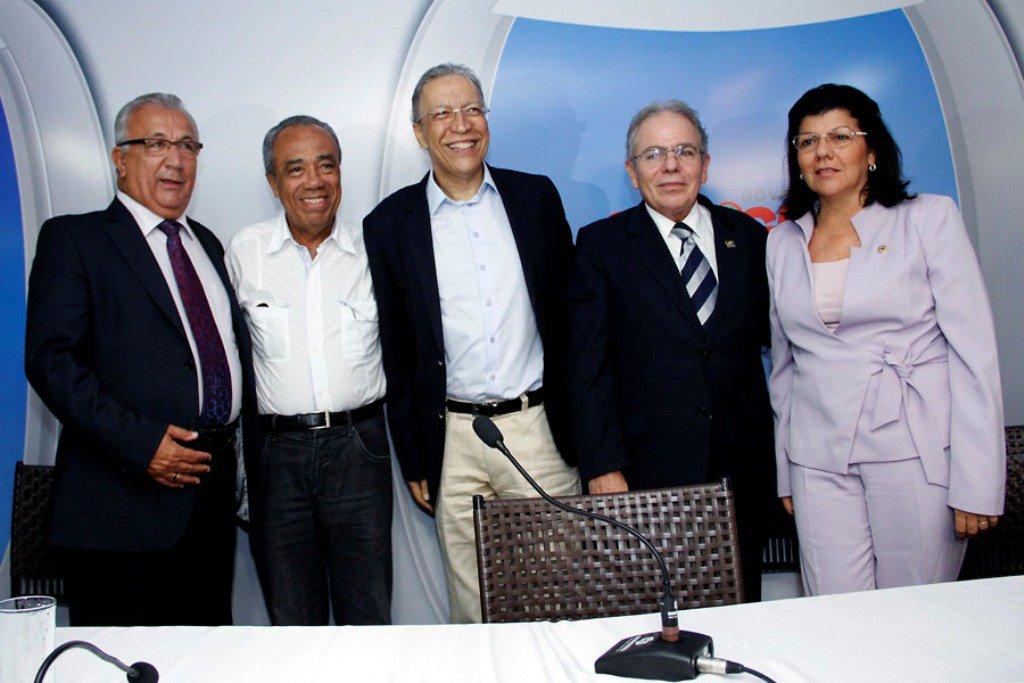 2013 é o ano da paz entre os políticos sergipanos. Significará algo em 2014?