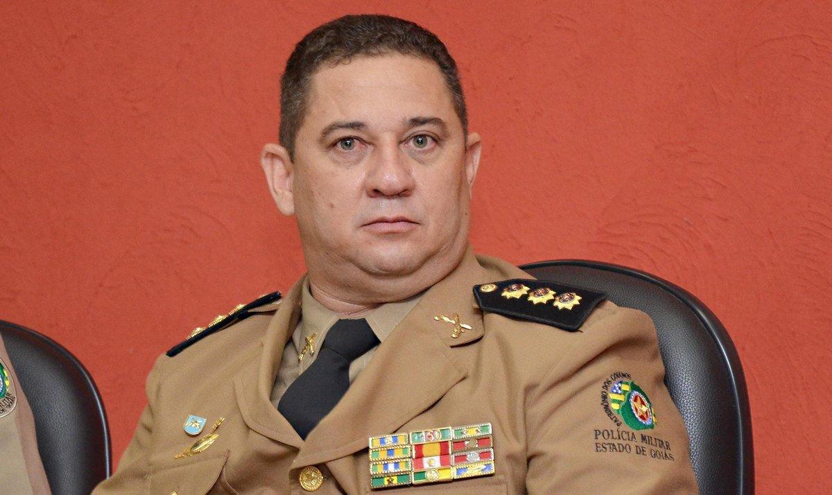 Edson Araújo deixa cargo e coronel Sílvio é o novo comandante da PM