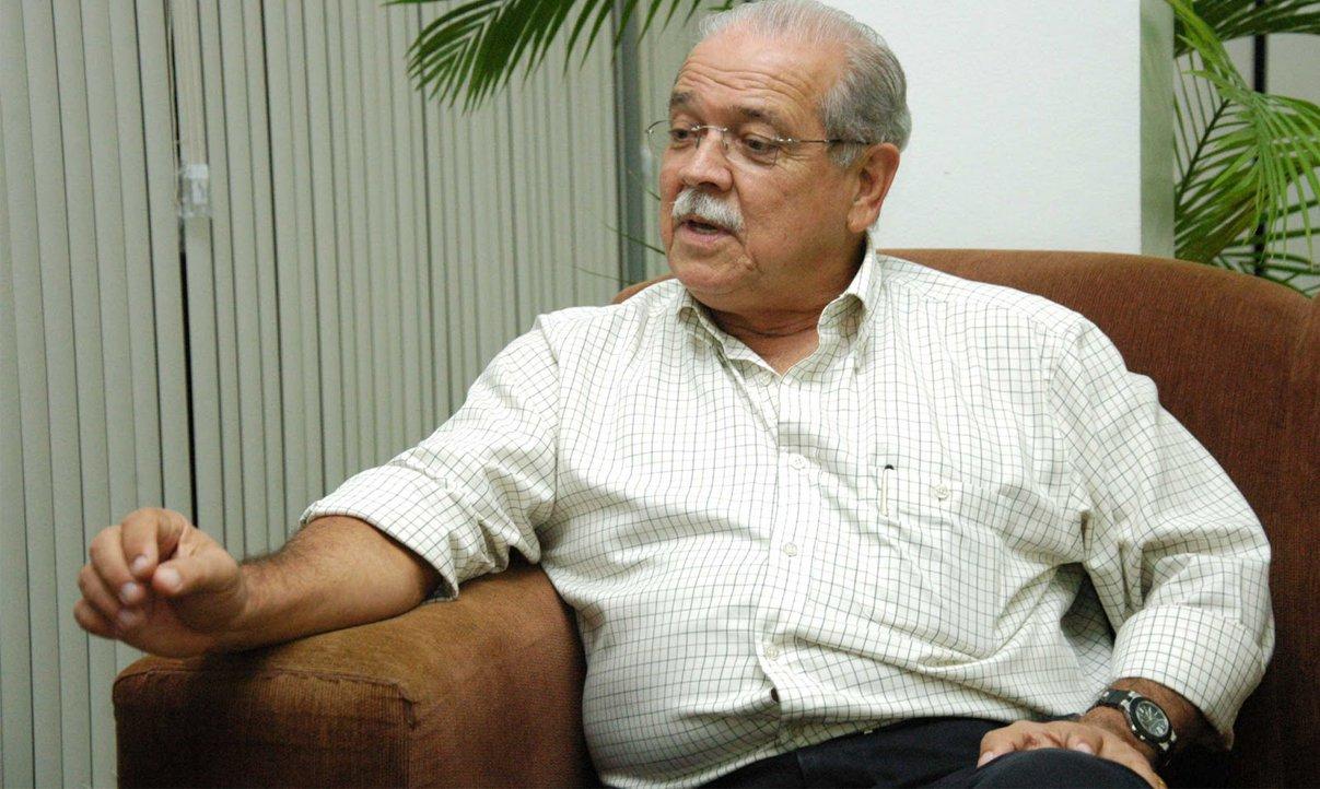 César Borges promete empenho total pela Fiol