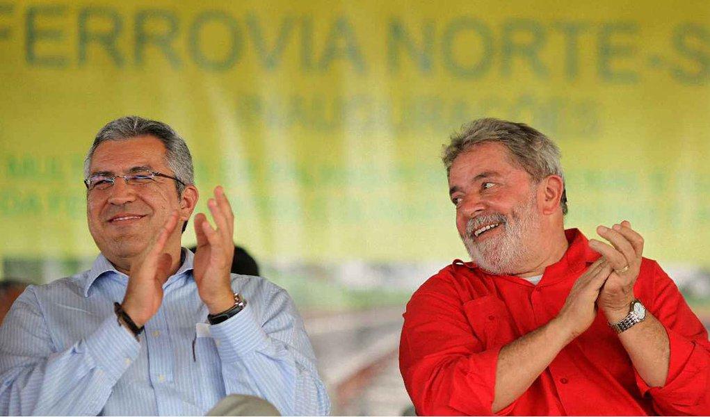 PT confirma Padilha candidato em São Paulo