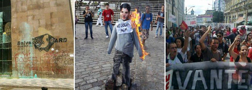 MPL 'queima' ACM Neto na frente da Prefeitura