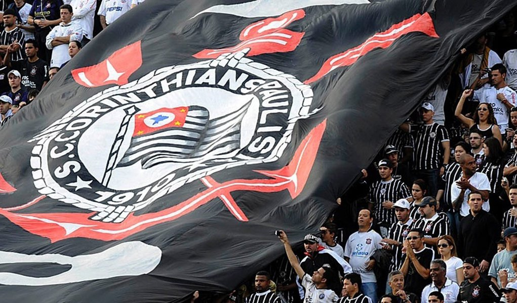 Corinthians tem torcida liberada, mas só em SP