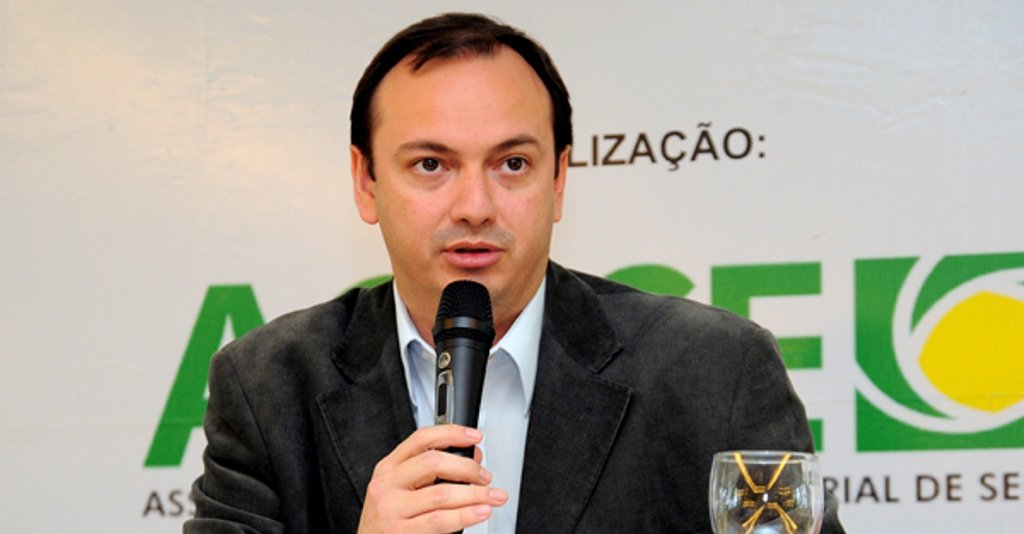 Alexandre Porto: veto de Dilma sobre multa do FGTS é desrespeitoso