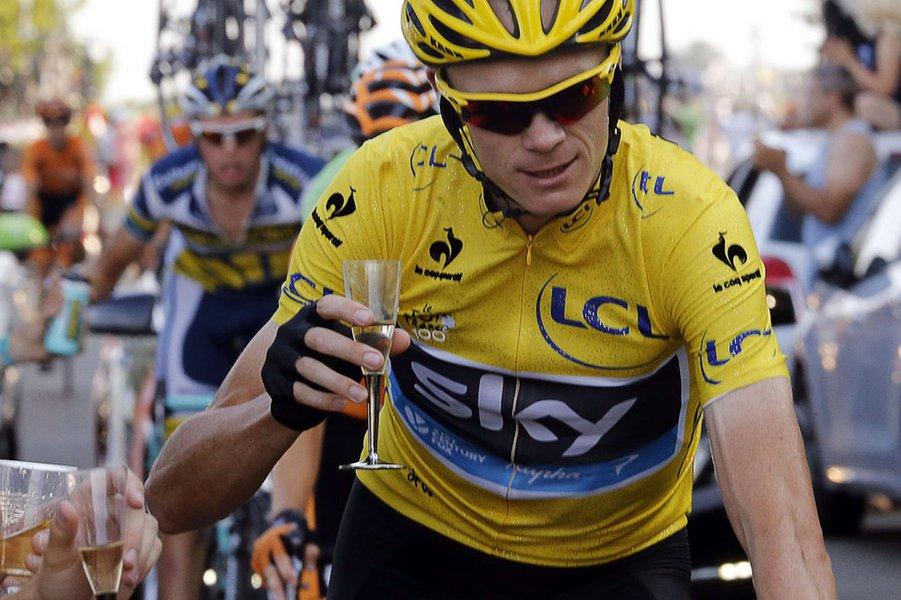 Britânico Chris Froome conquista o Tour de France