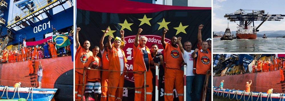 Portuários tomam navio em Santos em protesto inédito