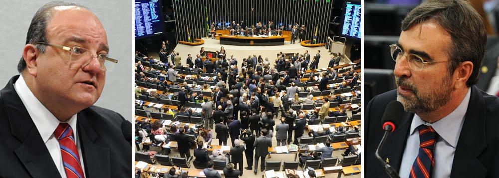Racha petista: reforma divide PT na Câmara