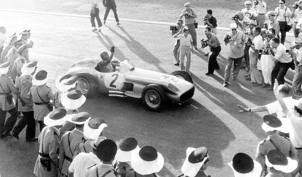 Mercedes de Fangio é leiloada por US$ 29,6 mi