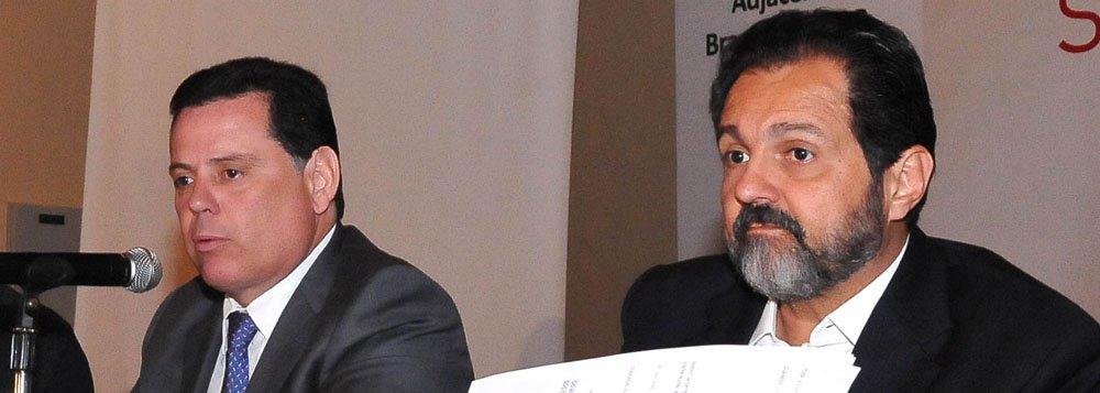 Perillo e Agnelo firmam pacto para gerir lixões