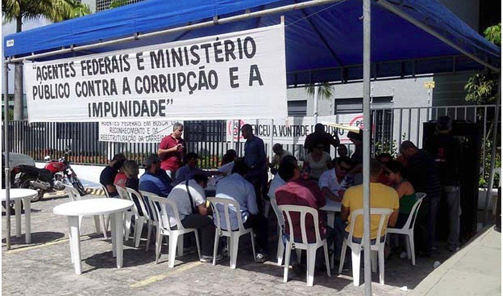 PF protesta contra corrupção
